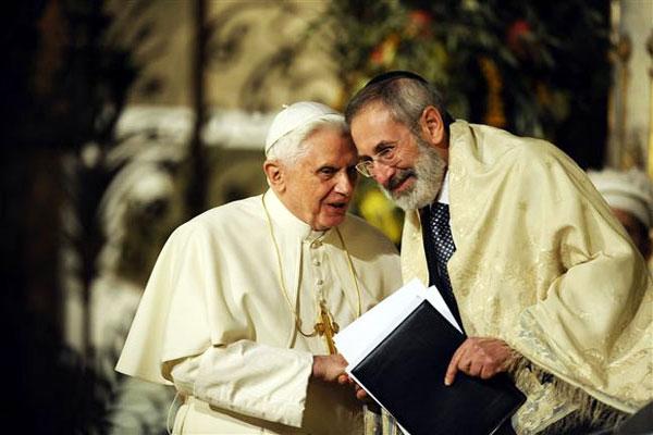 Papa Benedetto, Rav Riccardo Di Segni (17.1.2010) dans EBRAISMO Sinagoga_Roma_17.1.2010